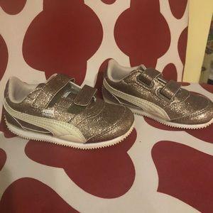 Iconic  PUMA kids' shoe-gold glitter